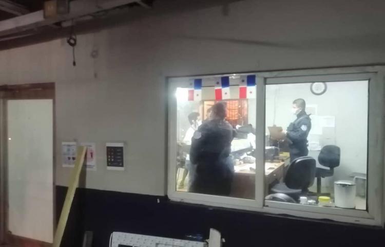 Periodista fue detenido por cubrir protesta en la 5 de Mayo