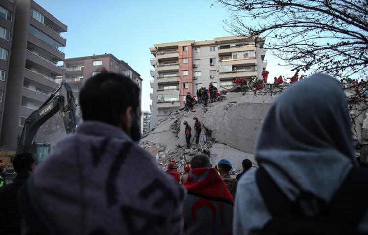 [GALERÍA]: Así quedó la ciudad turca de Esmirna, tras el terremoto