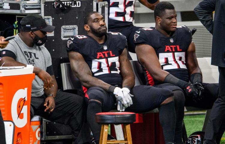 NFL trabaja plan contingencia de 16 equipos en 'playoffs' frente a la COVID-19