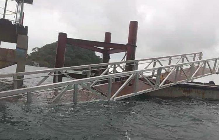 Muelle de la isla Taboga colapsó por las condiciones del tiempo