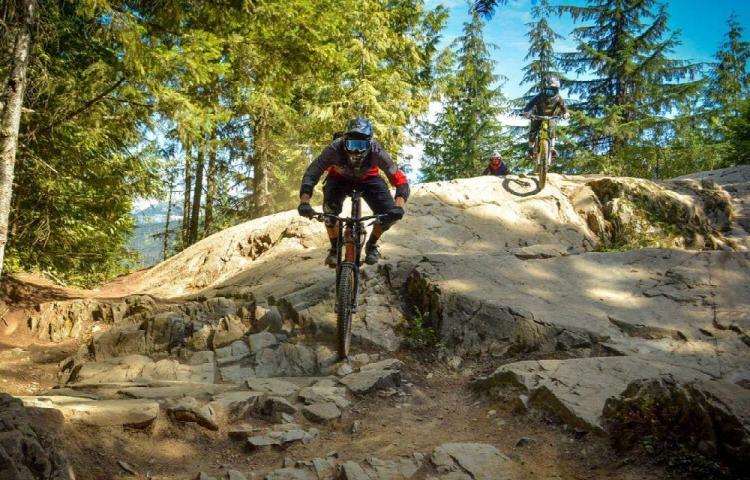 Ciclismo con nueva pista