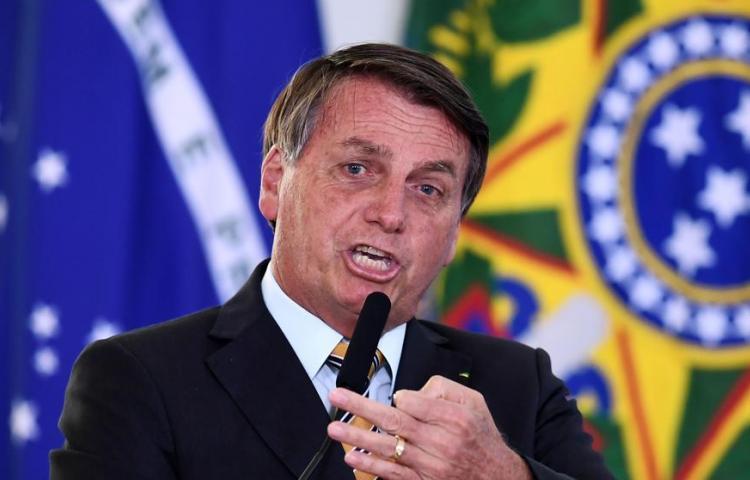 Bolsonaro vuelve a minimizar el riesgo de una segunda ola de covid-19 en Brasil