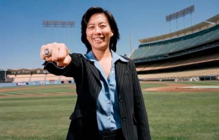 Kim Ng, primera mujer gerente en la historia de la MLB