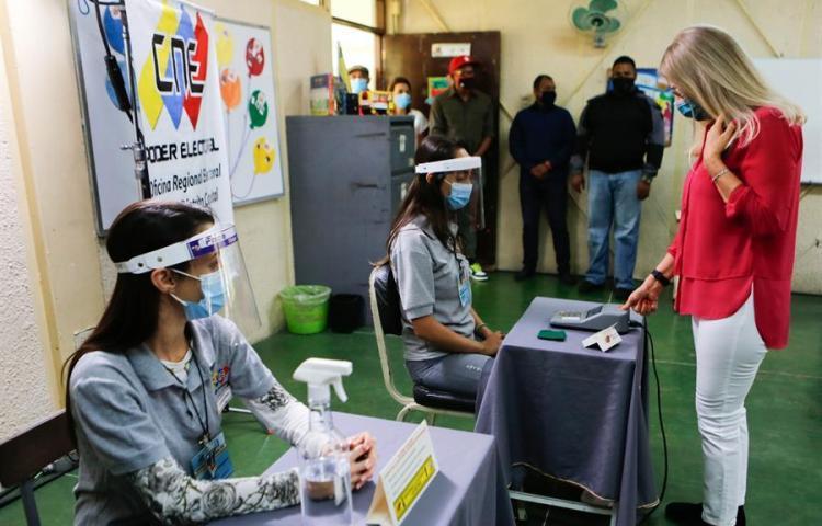 Venezuela realiza segundo simulacro a tres semanas de elecciones cuestionadas