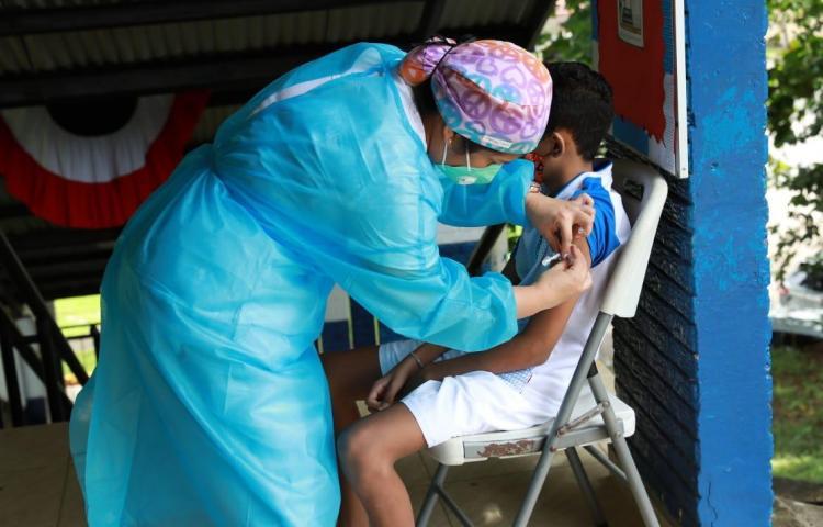 Sigue la vacunación en San Miguelito