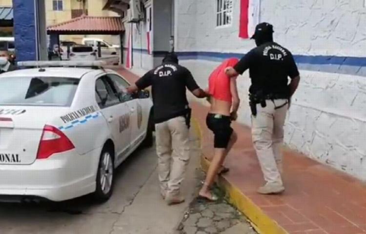 Por robo y homicidio continuará detenido