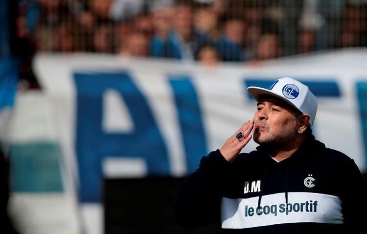 ¡Hasta luego! Futbolistas y famosos lloran la muerte de Maradona