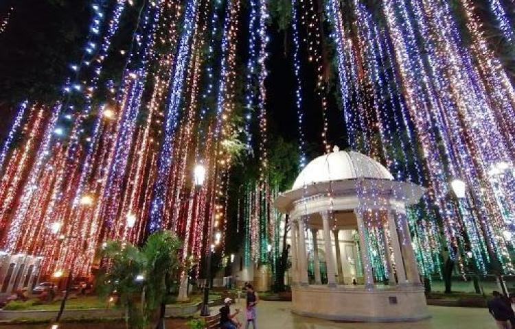 Alcaldía no tiene plata para iluminar la ciudad de Panamá en esta navidad