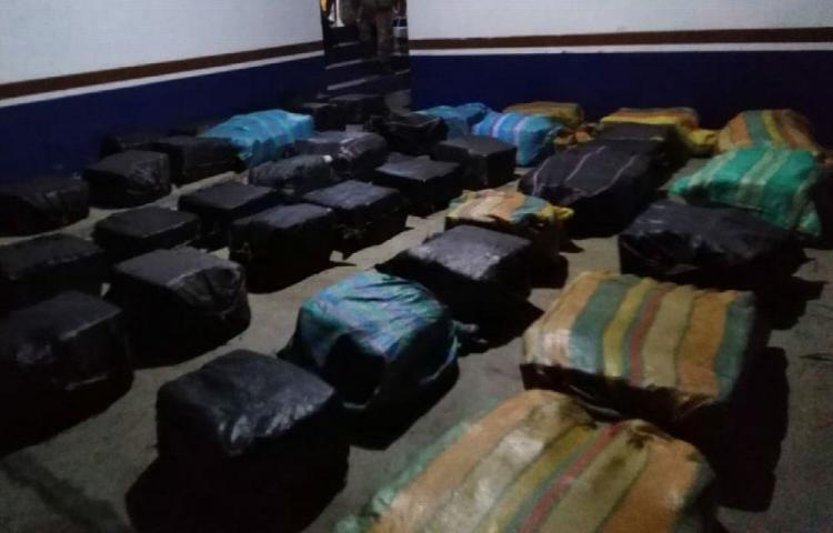 Parceros capturados con drogas seguirán detenidos