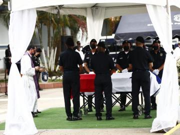 Realizan honras fúnebres de policía asesinado en Felipillo