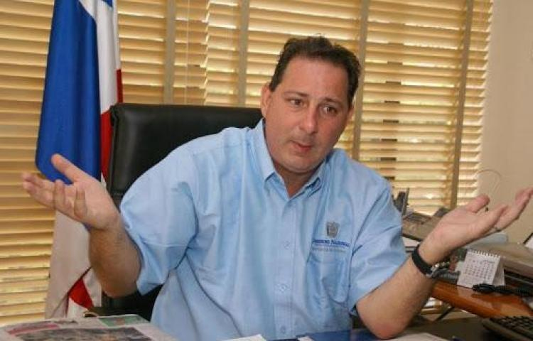 Realizan audiencia preliminar del exministro, Salo Shamah