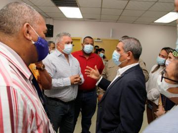 Ministro Sucre pide apoyo a los representantes y juntas comunales de Panamá Oeste