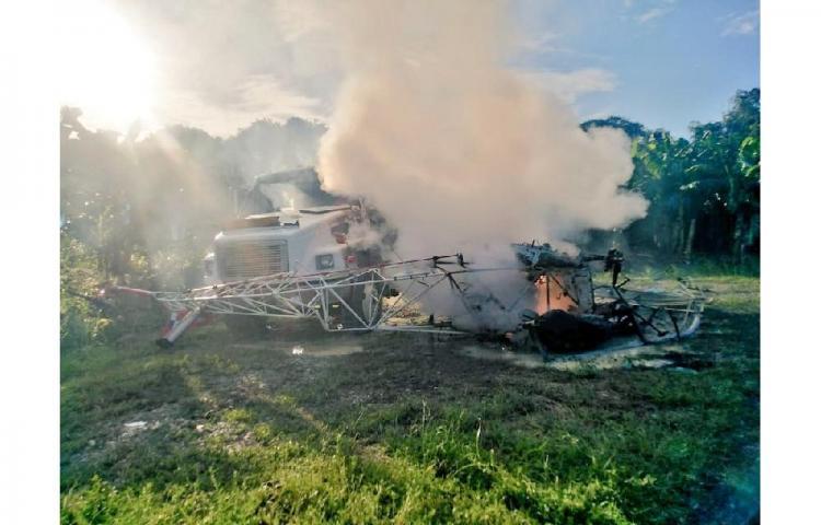 Helicóptero cayó sobre un camión de combustible en Bocas del Toro