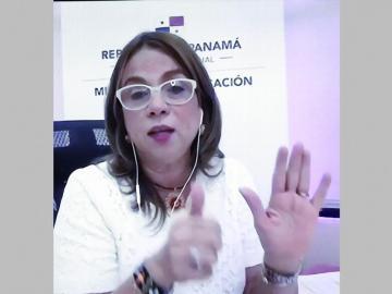 Maruja Gorday de Villalobos: Docentes realizarán visitas domiciliarias el próximo año