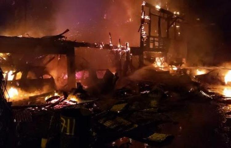 En 24 horas saldrán niños quemados en incendio