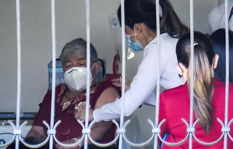 Costa Rica continúa la campaña de vacunación contra la covid-19