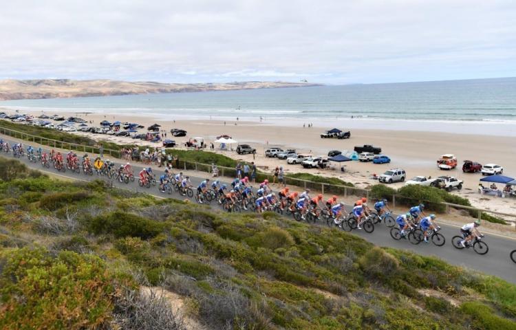 La pandemia sigue castigando al ciclismo y complica organizar carreras