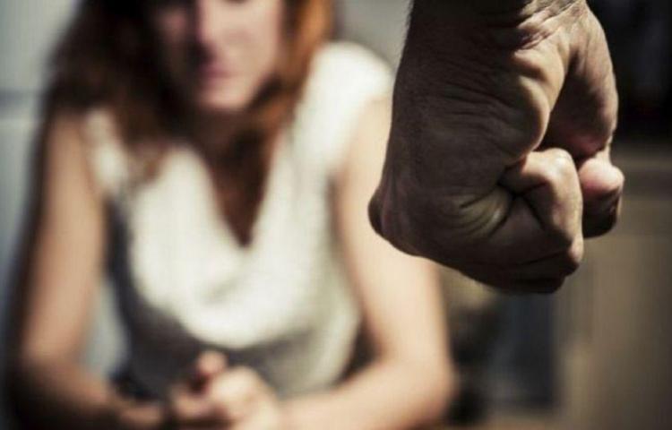 Preso por hostigar, perseguir y amenazar a su expareja