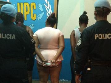 Le reventaron la cabeza a policía y les dan casa por cárcel
