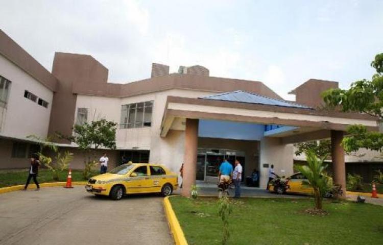 Suspenden urgencias en Hospital de la 24 luego del incendio