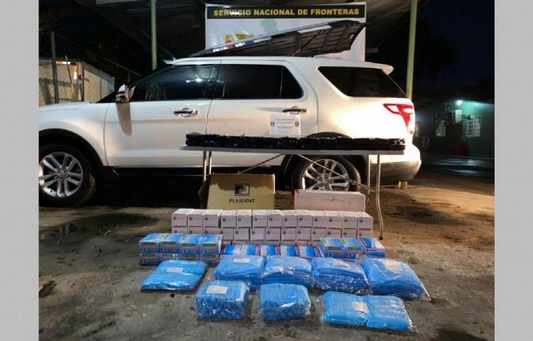 Falsos funcionarios del Minsa iban cargados con droga