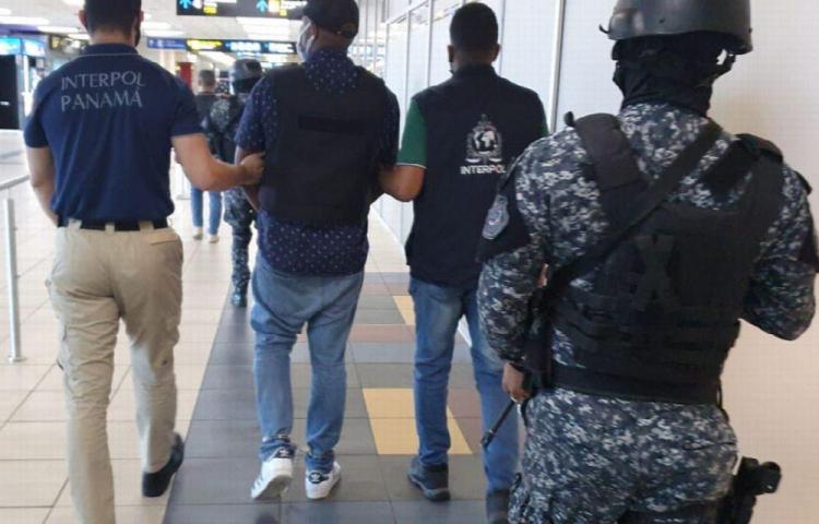 Otro extranjero buscado por Ee .UU. cae en el aeropuerto de Tocumen