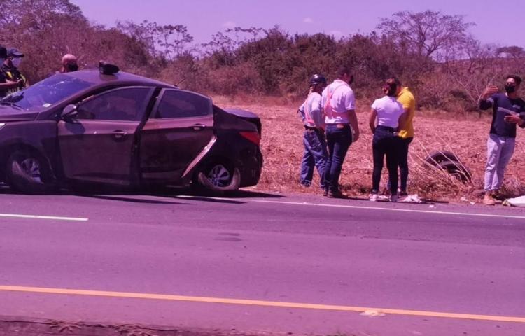 Accidente de tránsito genera congestión cerca de la Azucarera de Coclé