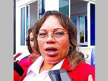 Le salió el tiro por la culta al diputado Carles con Idalia