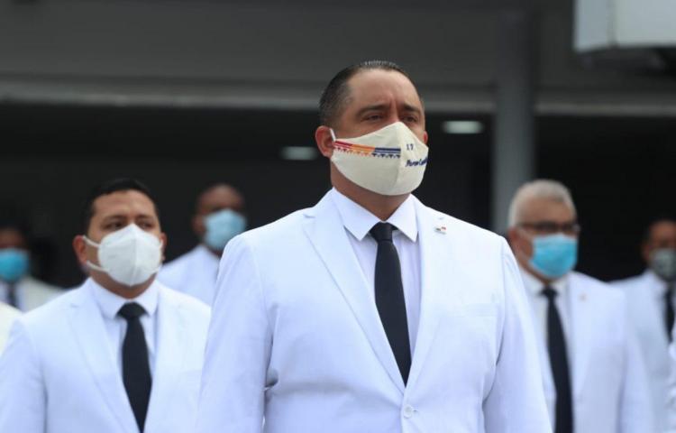 Vacunación a familiares de diputado Marcos Castillero será investigado por MINSA