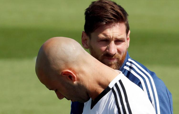 """Mascherano: """"Jamás me atrevería a aconsejar a Messi qué tiene que hacer"""""""