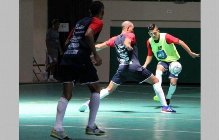 Selección de futsal a fogueo en Paraguay