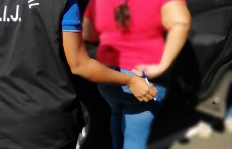 Atrapan a mujer presuntamente vinculada en el caso de los albergues