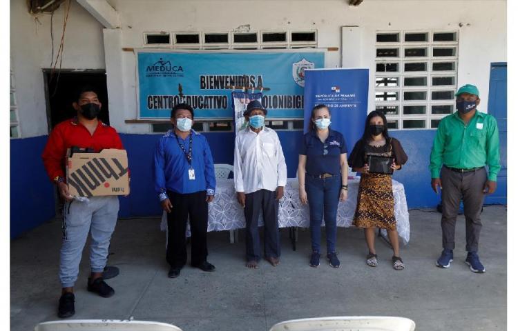 Estudiantes de Guna Yala ganan concurso ambiental en la categoría de fotografía