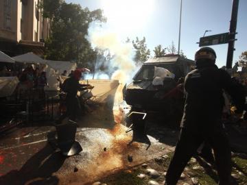 Las marchas por el Día de la Mujer dejaron 84 personas detenidas en Chile