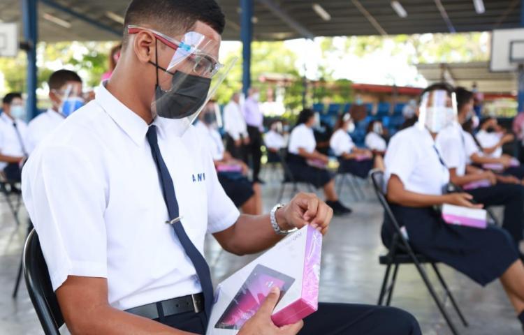 Autoridades evalúan reanudar clases presenciales en Panamá