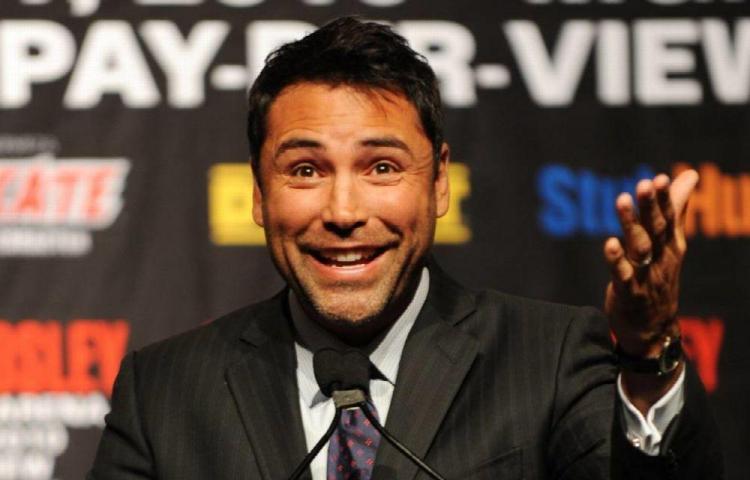 De la Hoya regresa al boxeo a sus 48 años