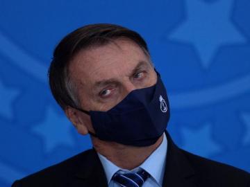 Gobierno brasileño se desmorona, pierden a dos ministros en un día