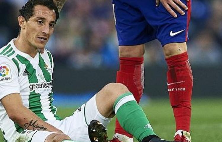"""Pellegrini anuncia lesión de Guardado para la primera de las """"diez finales"""""""