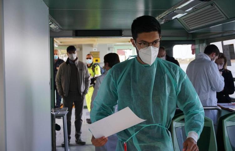 Brasil roza los 13 millones de casos de covid en el peor momento de pandemia