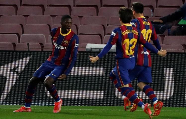 Dembélé acerca al barcelona a la gloria