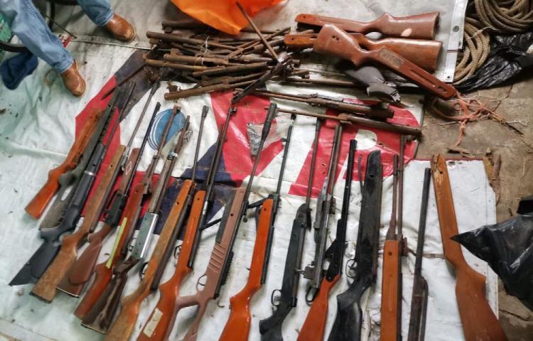 Hallan arsenal y detienen a tres personas en Monagrillo, Herrera