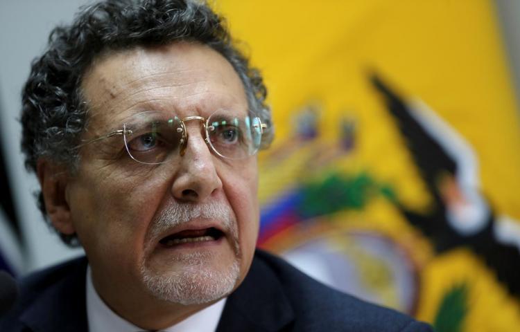 Dictan prisión preventiva contra el contralor del Estado en Ecuador