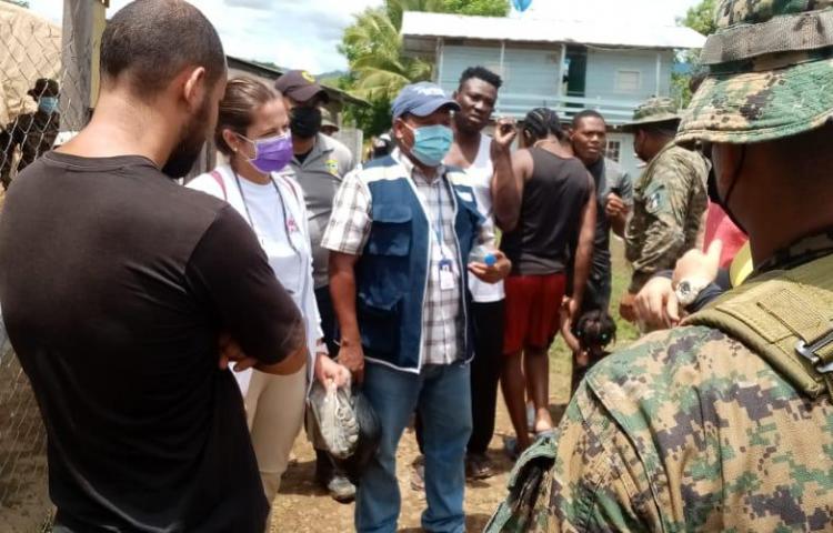 Defensoría del Pueblo y Médicos sin Frontera recorren Bajo Chiquito