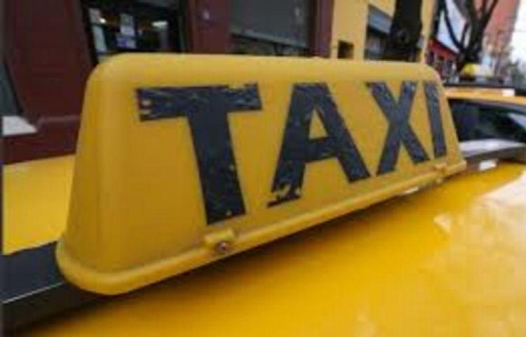 Taxista asaltó con arma de fuego a pasajera y ahora quedó preso