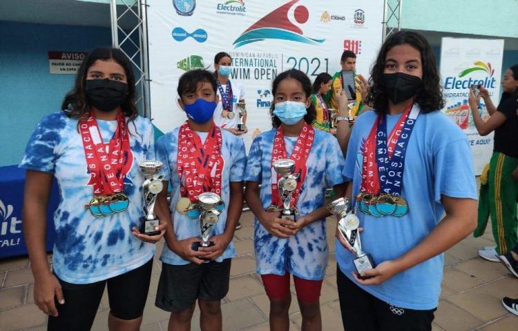Delfines brillan en clasificatorio a Juegos Olímpicos