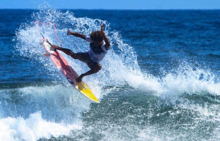Definen el equipo Open de Surf panameño