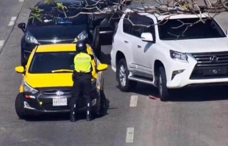 Taxista había estado involucrado en colisiones y se dio a la fuga