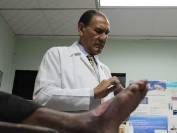 Clínica de heridas del pie diabético y úlceras reabre este lunes en San Miguelito