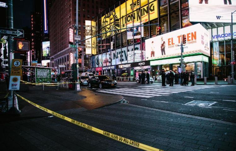 Violenta semana tras el tiroteo en Times Square