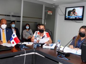 Comisión de Presupuesto aprueba traslados de partidas para proyectos del Meduca